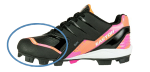 easton_softball_cleats_1