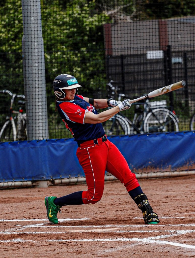 alexa-peterson-softball-2
