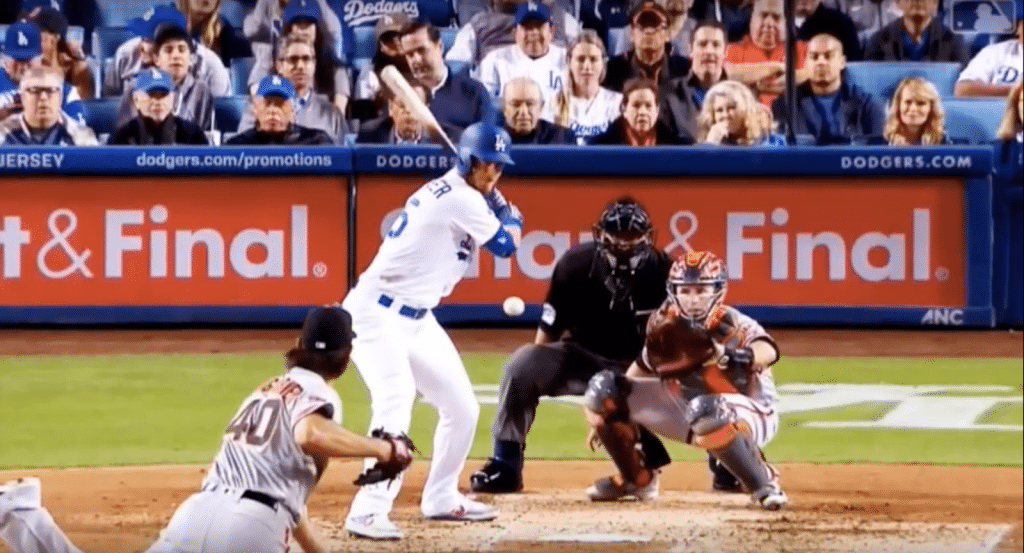 cody-bellinger-launch-position-3